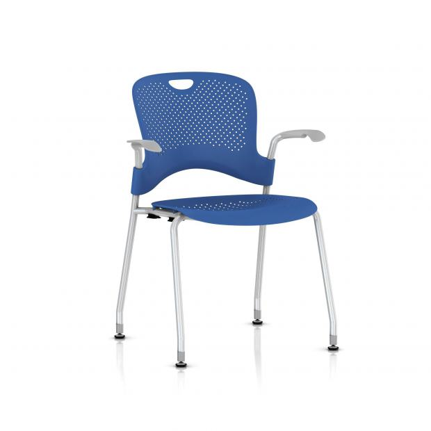 Chaise Caper Herman Miller Avec Accoudoirs - Patins Sol Dur / Metallic Silver / Assise Moulée Berry Blue