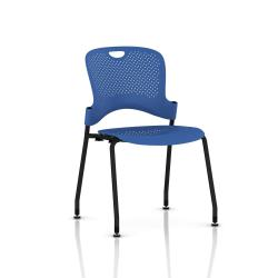 Chaise Caper Herman Miller Sans Accoudoir - Patins Sol Dur / Noir / Assise Moulée Berry Blue