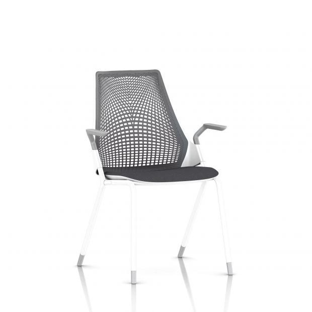 Sayl Side Chair Herman Miller Studio White / 4 Pieds - Patins / Dossier Suspension Slate Grey / Assise Tissu Krabi