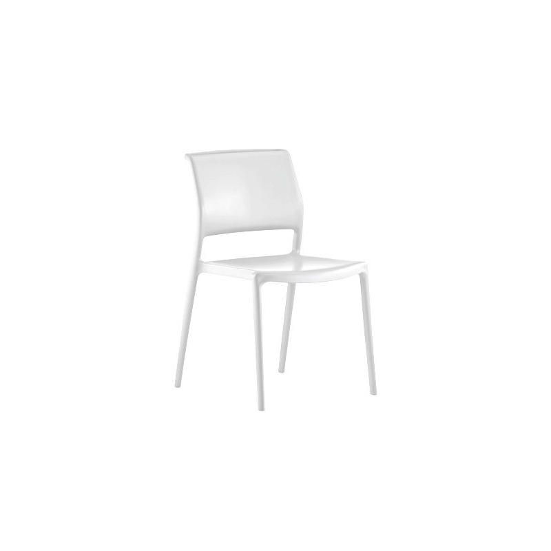 Chaise blanche 4 pieds ara par pedrali for Chaise pedrali