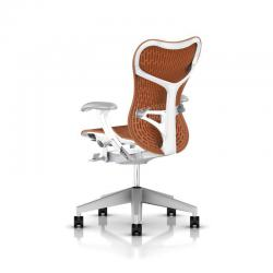 Fauteuil Mirra 2 Butterfly - Herman Miller - Piètement Fog - Structure Studio White