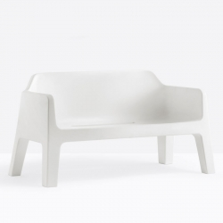 Plus 636 - Canapé design moulé avec accoudoris - Pedrali